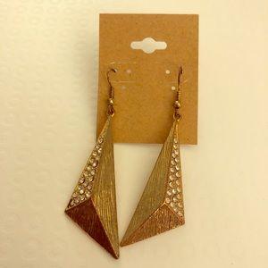 Gold tone and rhinestone costume jewelry earrings!